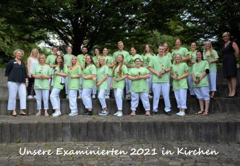 examensfoto-kirchen-2021_mit-schrift
